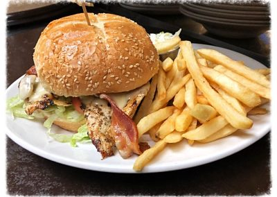 ilovespartans-gallery-restaurant-chicken-blt